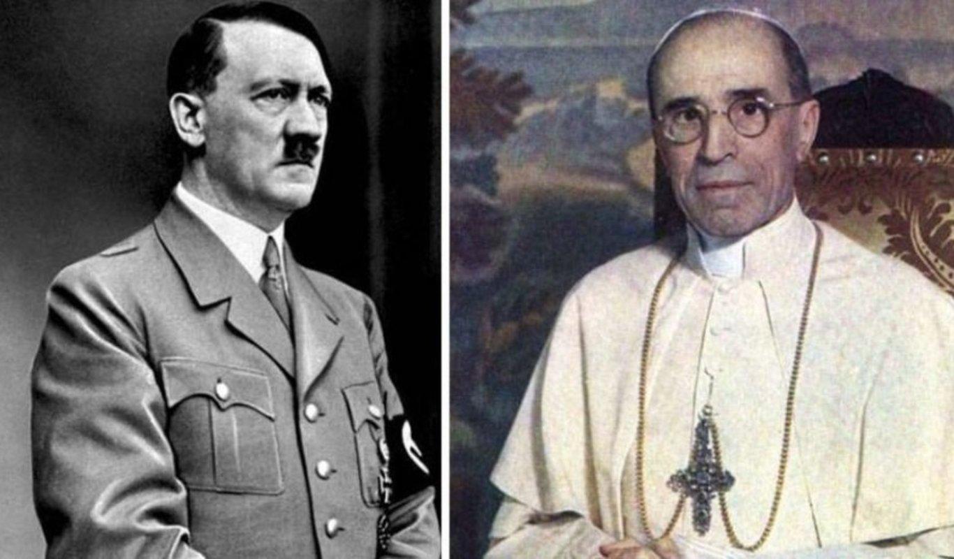 Pio XII y Hitler.