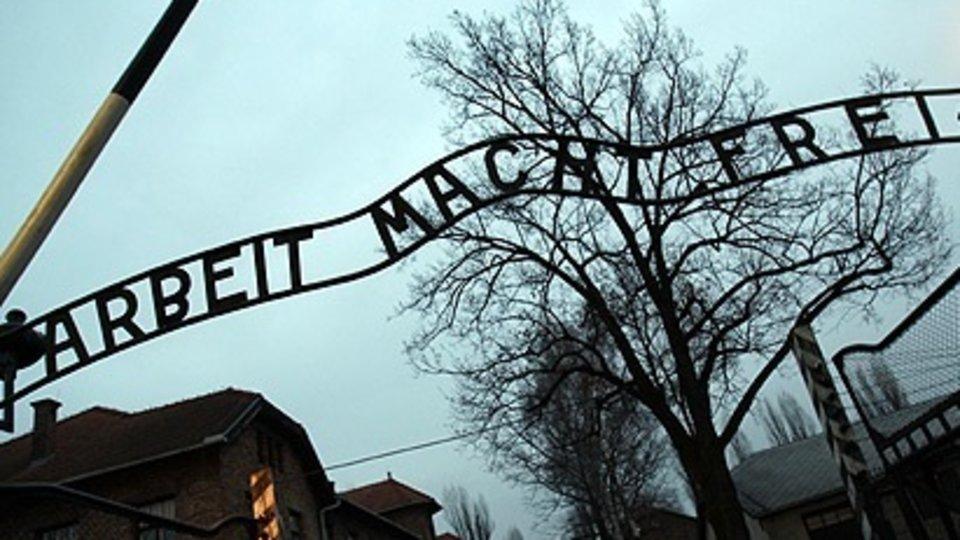 Entrada el campo de concentración nazi de Auschwitz.