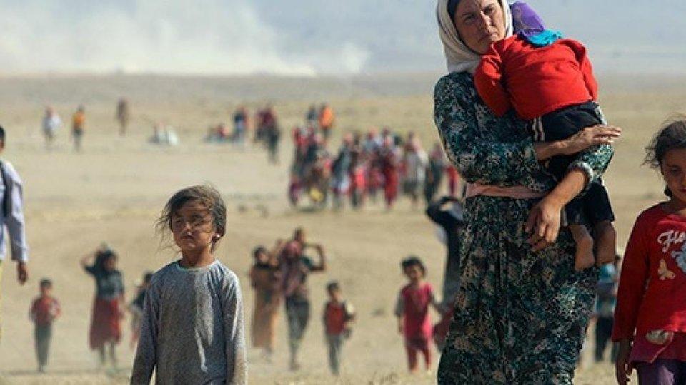 Cristianos huyen de Irak por miedo al ISIS.